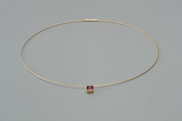 COLLIER 0,6 MM GOLDSEIL 585ER GOLD MIT RHODOLITH STEIN